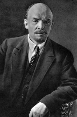 В.И.Ленин. Москва, июль 1920 года height=400