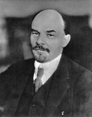 В. И. Ленин 1918 г., январь. Петроград. height=400