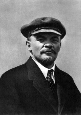 В.И.Ленин. Москва, 1 мая 1920 года height=400