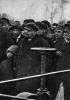 В.И.Ленин на испытании первого советского электроплуга
