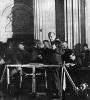 В.И.Ленин выступает с речью на заседании X съезда РКП(б)