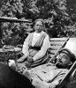 В.И.Ленин и Н.К.Крупская в Горках у телескопа