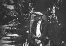 В. И. Ленин в Горках. Лето 1923 г.